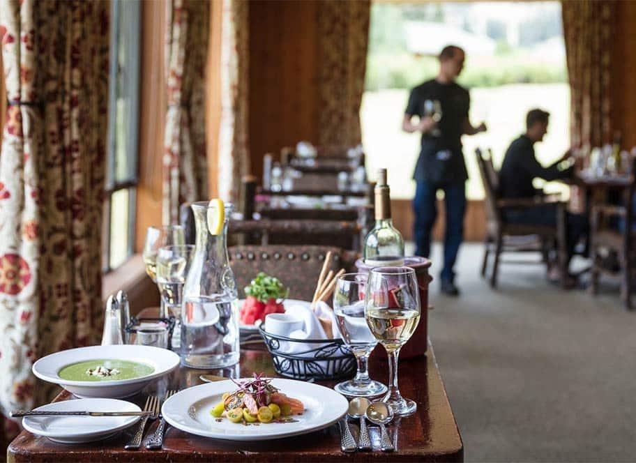 4UR Ranch dining room