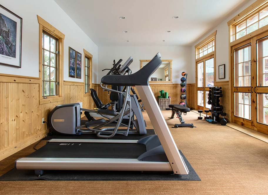 Exercise room at 4UR Ranch