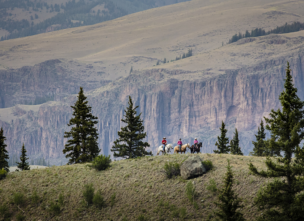 Horseback Riding at 4UR Ranch in Creede CO